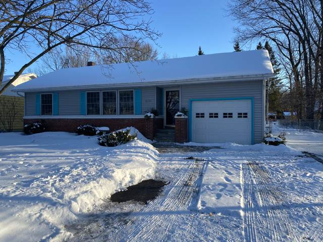 3731 High St, Marinette, WI 54143 (#1677956) :: RE/MAX Service First Service First Pros