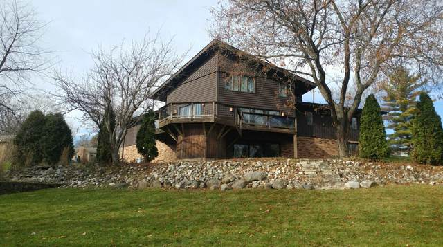5184 S Guerin Pass, New Berlin, WI 53151 (#1677962) :: Tom Didier Real Estate Team