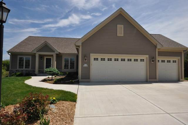 N173W20588 Crestview Dr, Jackson, WI 53037 (#1678019) :: RE/MAX Service First Service First Pros