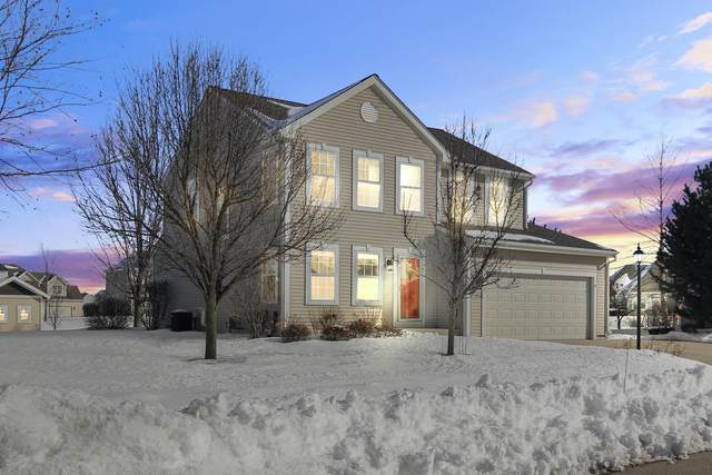 1428 Mamerow Ln West, Oconomowoc, WI 53066 (#1678022) :: RE/MAX Service First Service First Pros