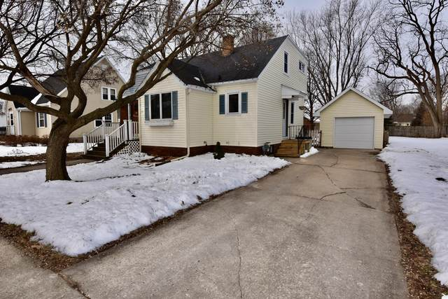 128 Clark St S, West Salem, WI 54669 (#1678495) :: Tom Didier Real Estate Team