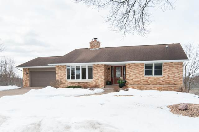 623 Hanson Ct, Onalaska, WI 54650 (#1678544) :: Tom Didier Real Estate Team