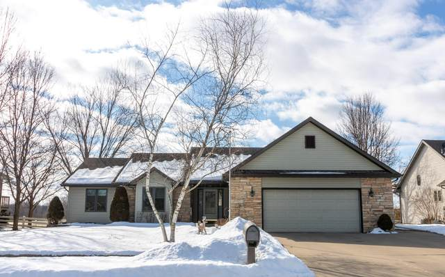 1569 Crestwood Ave, West Salem, WI 54669 (#1678696) :: Tom Didier Real Estate Team