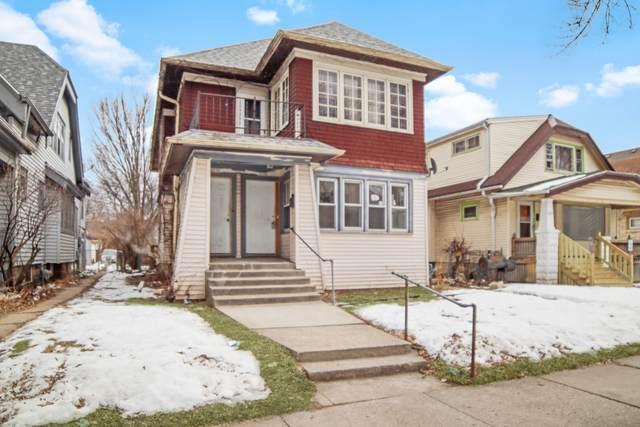 2648 N 48th Street, Milwaukee, WI 53210 (#1678879) :: Keller Williams Momentum