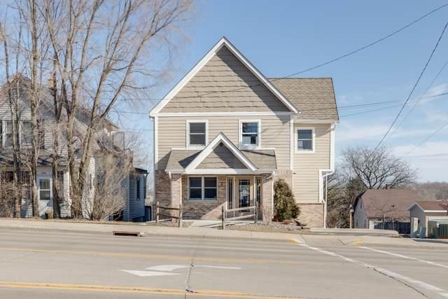 1193 N Main St, West Bend, WI 53090 (#1679382) :: Tom Didier Real Estate Team