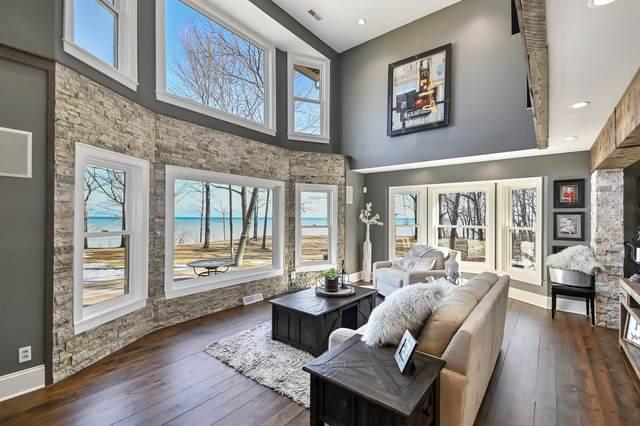 4350 High Point Beach Rd, Port Washington, WI 53074 (#1680323) :: Tom Didier Real Estate Team