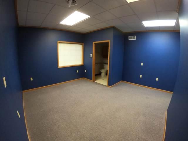 126 W Commerce Blvd E, Slinger, WI 53086 (#1680517) :: Tom Didier Real Estate Team