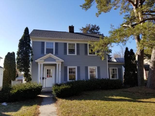 835 W Grand Ave, Port Washington, WI 53074 (#1680627) :: Tom Didier Real Estate Team