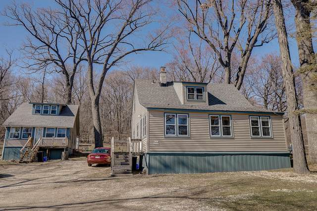 W303N2563 Maple Ave W303n2569, Delafield, WI 53072 (#1681184) :: RE/MAX Service First Service First Pros