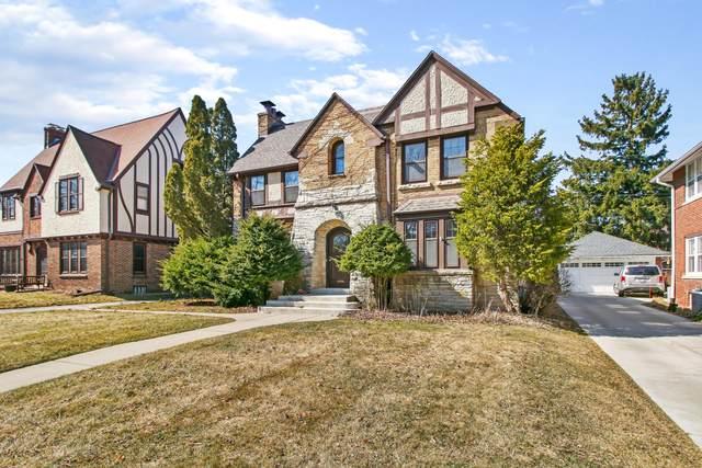 4451 N Farwell Ave, Shorewood, WI 53211 (#1681695) :: Tom Didier Real Estate Team