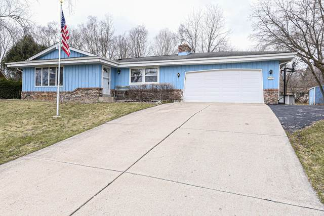S69W16890 Parkland Dr, Muskego, WI 53150 (#1682656) :: RE/MAX Service First Service First Pros