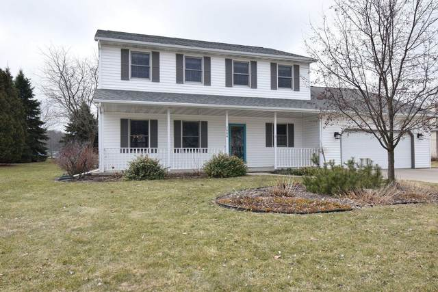1004 Pawnee Ct, Fort Atkinson, WI 53538 (#1682739) :: RE/MAX Service First Service First Pros