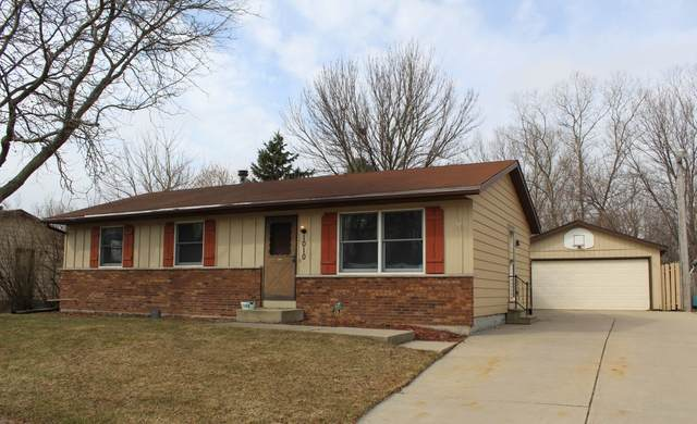 1010 Cherrywood Dr, Waukesha, WI 53188 (#1682968) :: RE/MAX Service First Service First Pros