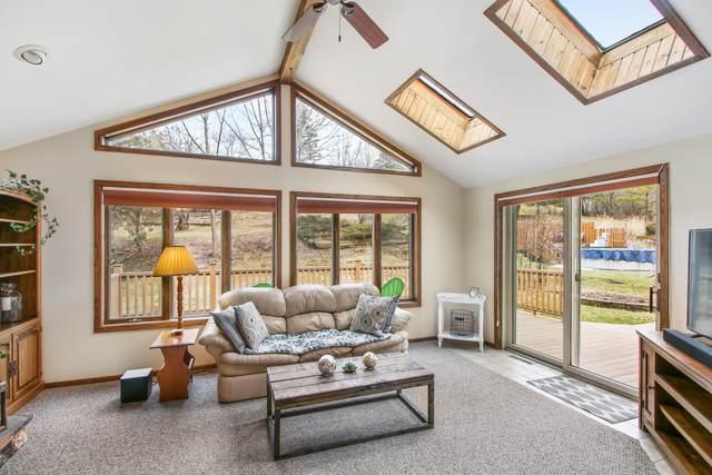 1803 N 18th Ave, West Bend, WI 53090 (#1683084) :: Tom Didier Real Estate Team