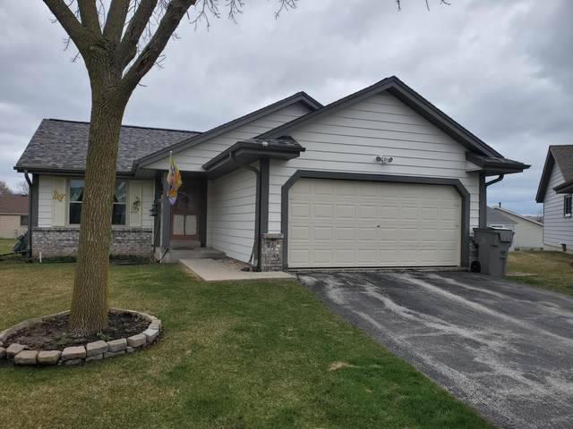 8080 N Denmark Ct, Milwaukee, WI 53224 (#1683218) :: RE/MAX Service First Service First Pros