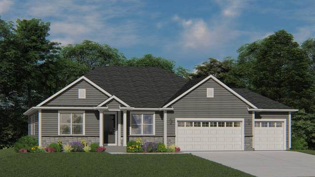 415 Yosemite Ave, Hartford, WI 53027 (#1683336) :: Tom Didier Real Estate Team