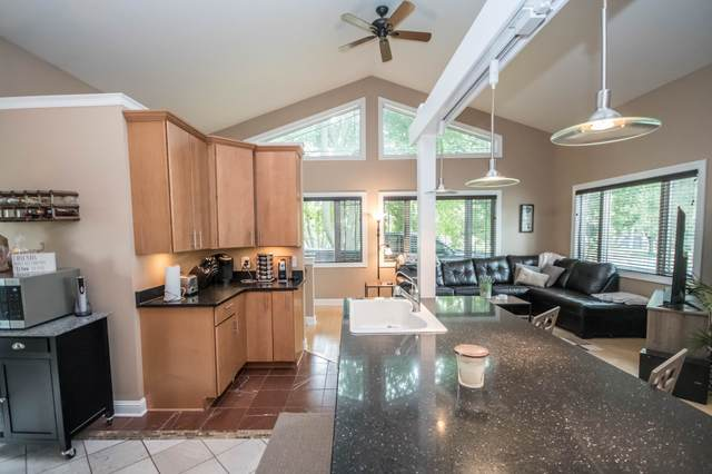 215 S Greenfield Ave, Waukesha, WI 53186 (#1683470) :: Tom Didier Real Estate Team