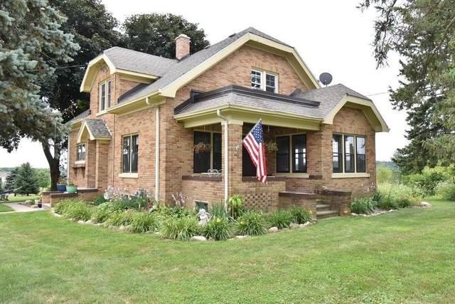 W2395 County Road O, Ashippun, WI 53066 (#1683877) :: NextHome Prime Real Estate