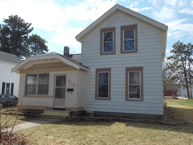 313 Lincoln St, Fort Atkinson, WI 53538 (#1683907) :: RE/MAX Service First Service First Pros