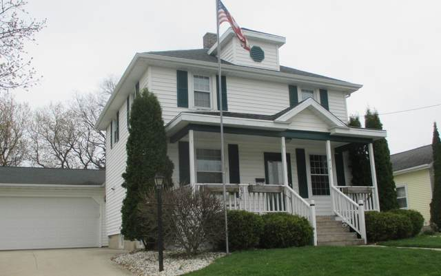 414 Reed Street, Chilton, WI 53014 (#1683910) :: RE/MAX Service First Service First Pros
