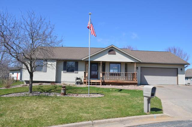 120 Scenic Ct, West Salem, WI 54669 (#1683956) :: Tom Didier Real Estate Team