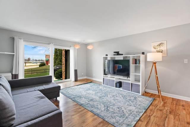 301 Park Hill Dr B, Pewaukee, WI 53072 (#1683959) :: Tom Didier Real Estate Team