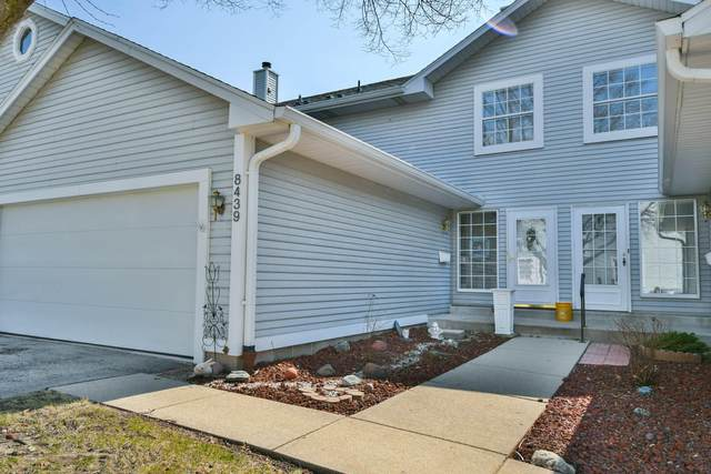 8439 S 76th St, Franklin, WI 53132 (#1683987) :: Keller Williams Realty - Milwaukee Southwest