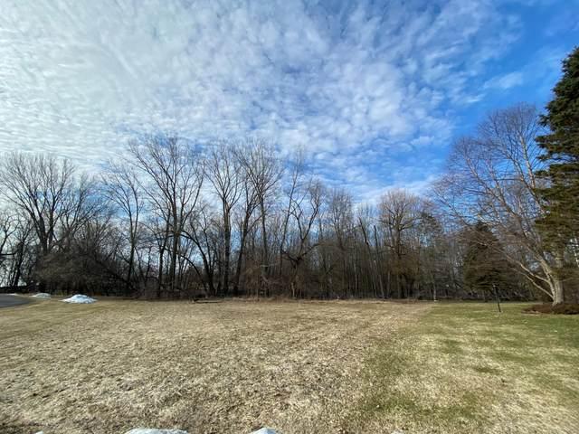 4000 Michigan Shores Dr, Menominee, MI 49858 (#1684079) :: EXIT Realty XL