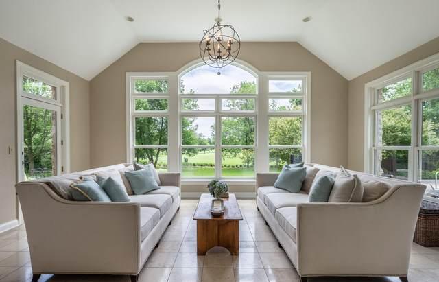 W311N6988 Club Cir W, Merton, WI 53029 (#1685360) :: NextHome Prime Real Estate