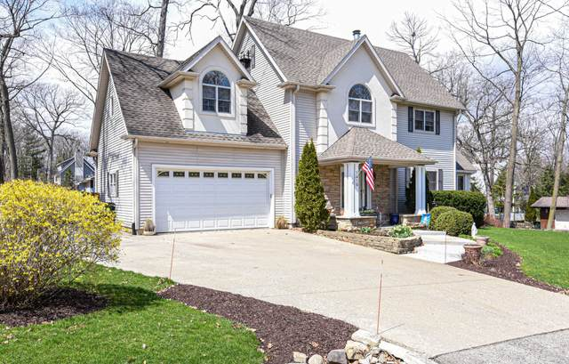 1915 Sycamore St, Twin Lakes, WI 53181 (#1685468) :: NextHome Prime Real Estate