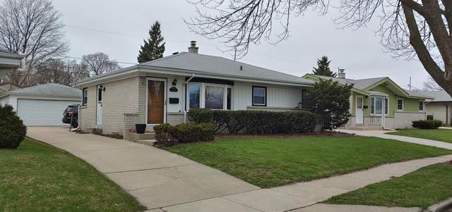 2619 S 93rd St, West Allis, WI 53227 (#1686448) :: RE/MAX Service First Service First Pros