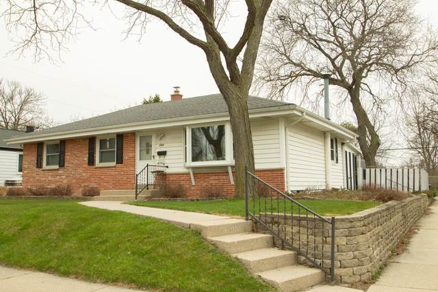 6100 W Hustis St, Milwaukee, WI 53223 (#1686689) :: RE/MAX Service First Service First Pros