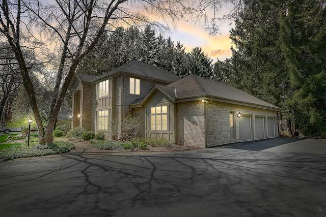 12940 Walnut Rd, Elm Grove, WI 53122 (#1686959) :: RE/MAX Service First Service First Pros