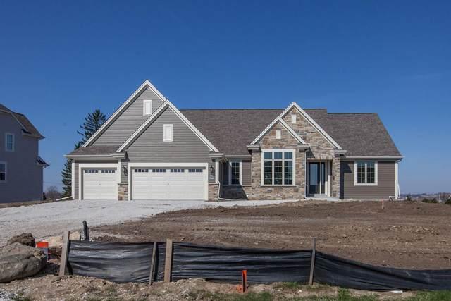 W239N3751 River Birch Ct, Pewaukee, WI 53072 (#1686969) :: NextHome Prime Real Estate