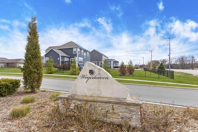 N60W13706 Weyerhaven Dr Lt31, Menomonee Falls, WI 53051 (#1687379) :: NextHome Prime Real Estate