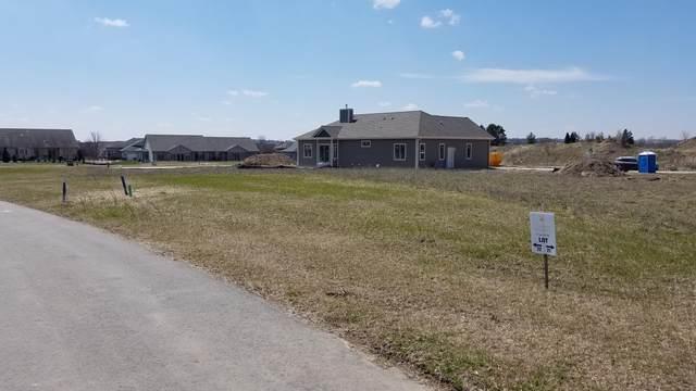 W208N16309 Renee Way Lt22, Jackson, WI 53037 (#1687398) :: Tom Didier Real Estate Team