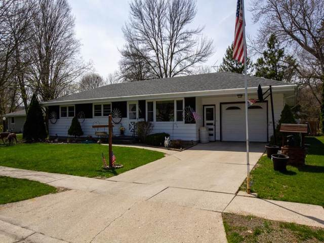 200 Willowbrook Dr, Plymouth, WI 53073 (#1687508) :: RE/MAX Service First Service First Pros