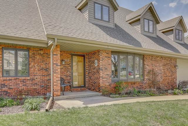 5619 Gatewood Ln, Greendale, WI 53129 (#1687623) :: OneTrust Real Estate