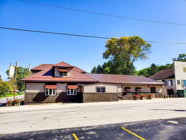 105 S Lyons St, Marquette, WI 53947 (#1687710) :: RE/MAX Service First Service First Pros