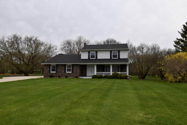 W267N6733 Beacon Hills Dr, Lisbon, WI 53089 (#1687814) :: RE/MAX Service First Service First Pros