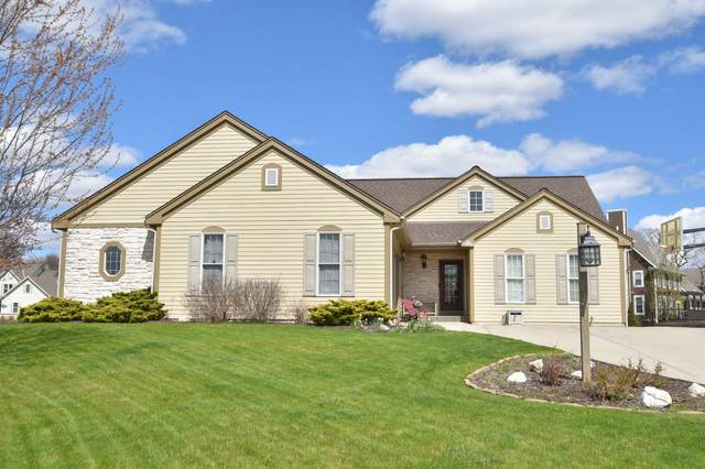 N77W23057 Coldwater Cir, Sussex, WI 53089 (#1688332) :: Keller Williams Realty - Milwaukee Southwest
