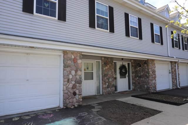 165 Heidel Rd, Thiensville, WI 53092 (#1688451) :: Tom Didier Real Estate Team