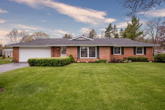 3685 Chapel Rd, Brookfield, WI 53045 (#1688497) :: Keller Williams Realty - Milwaukee Southwest