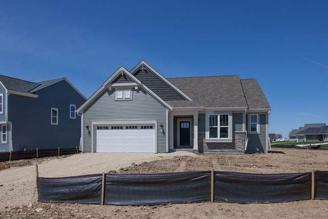 529 Meadow View Dr, Slinger, WI 53086 (#1689097) :: NextHome Prime Real Estate