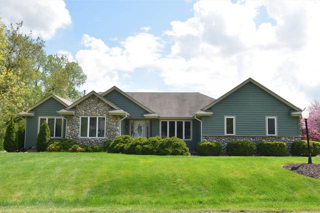 10741 W Green Tree Rd, Milwaukee, WI 53224 (#1689102) :: RE/MAX Service First Service First Pros