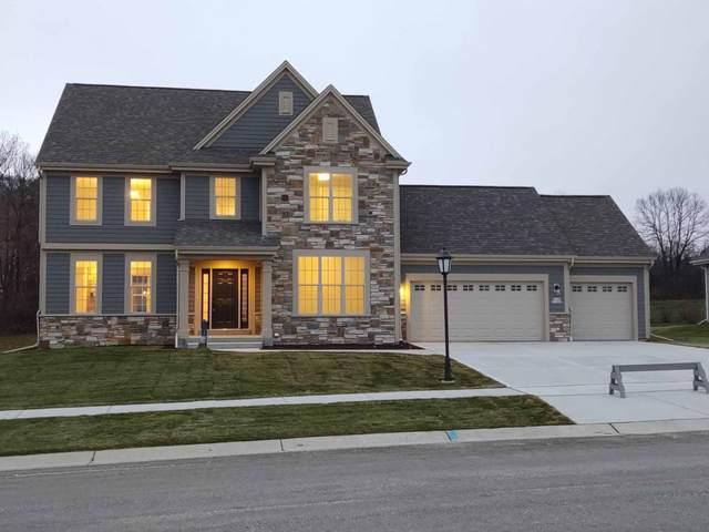 W125N11025 Strawgrass Ln, Germantown, WI 53022 (#1689138) :: Keller Williams Realty - Milwaukee Southwest