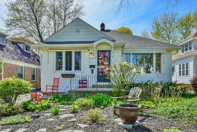 2535 N 66th St, Wauwatosa, WI 53213 (#1689345) :: Keller Williams Realty - Milwaukee Southwest