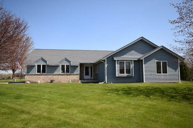 516 Paul Ave, Campbellsport, WI 53010 (#1689404) :: RE/MAX Service First Service First Pros