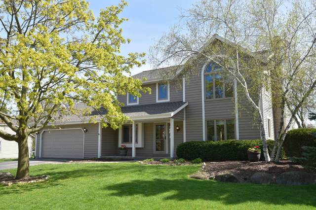 N60W24583 Rocky Hollow Pass, Sussex, WI 53089 (#1689489) :: Keller Williams Realty - Milwaukee Southwest