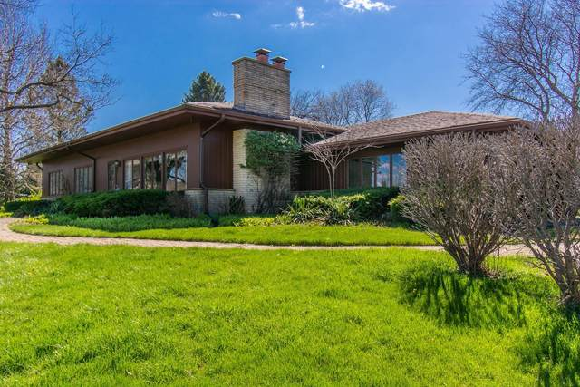 1530 Avenue Of Champions, Geneva, WI 53147 (#1689704) :: RE/MAX Service First Service First Pros